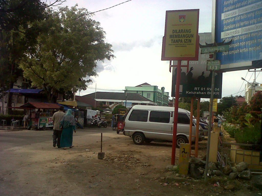 jalan tan malaka di Bukittinggi