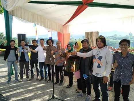Pemusik Jalanan di Pentas Festival