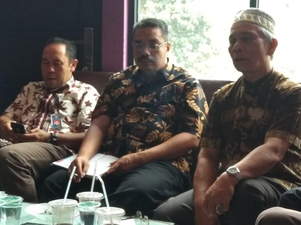 Polemik kios penampungan Pasa Ateh - Ketua Tim Negosiasi P4B ( Pasar Atas ) Dengan Perwakilan KOMNAS HAM Sumbar
