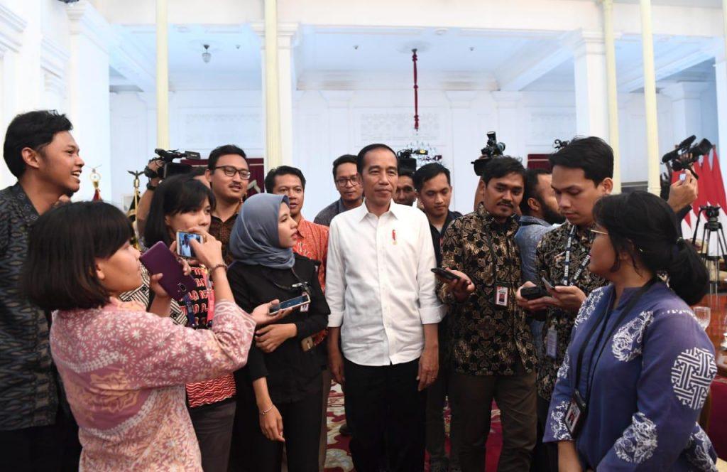 Presiden diwawancara wartawan - courtesy of setneg.go.id