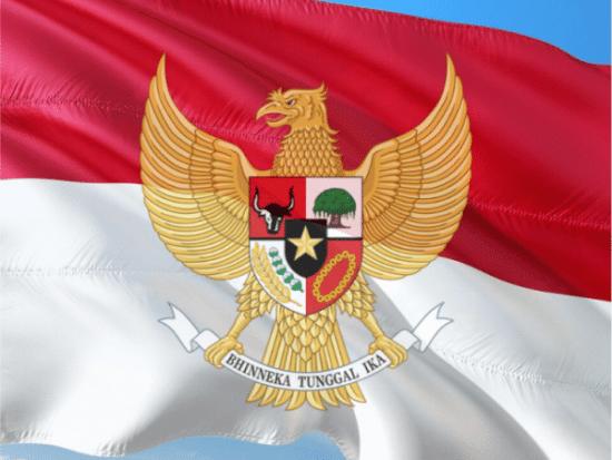 Pancasila dan bendera merah putih