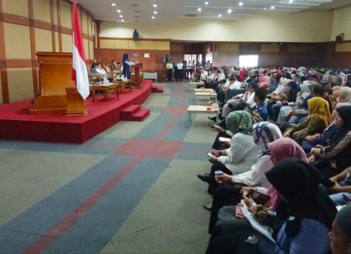 Pertemuan Walikota Bukittinggi dengan pedagang pasar atas