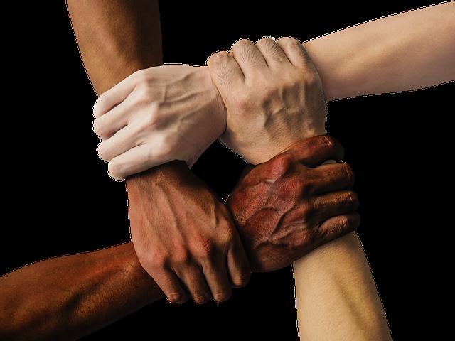 Orang Minang - bersatu - Gambar fitur oleh truthseeker dari pixabay