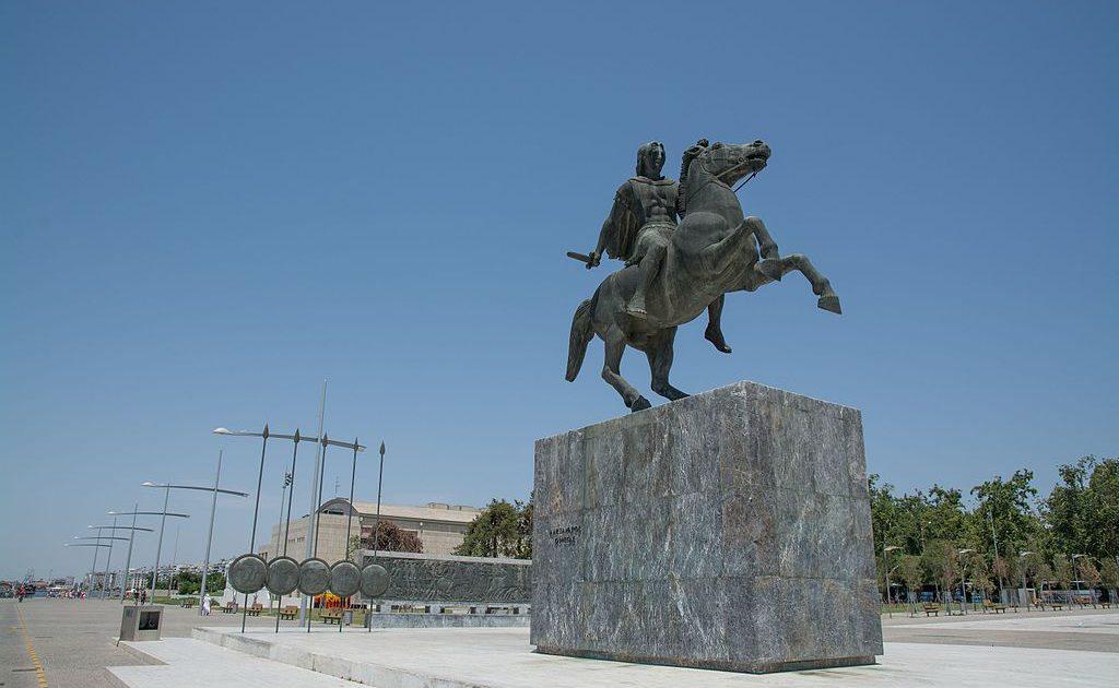 Θεσσαλονίκη_2014_(The_Statue_of_Alexander_the_Great)_-_panoramio