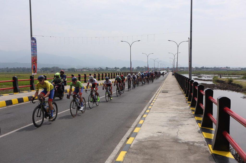 Pembalap Tour de Singkarak lintasi Provinsi Jambi, foto. ist