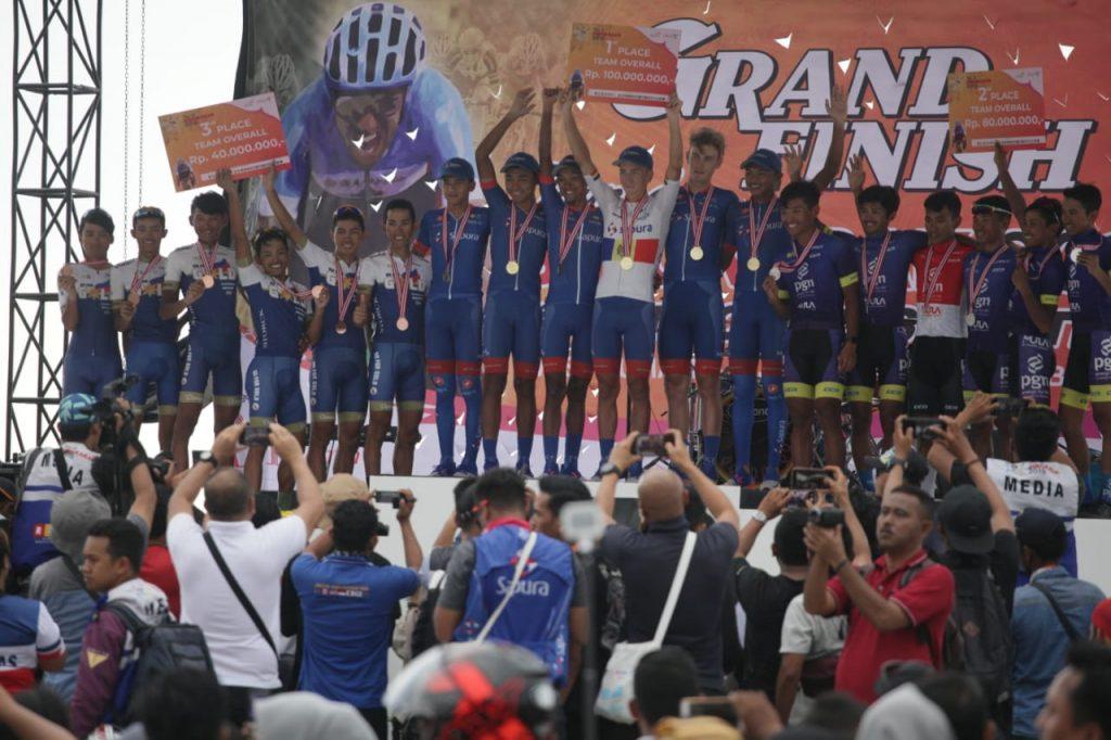 Tour de Singkarak - foto. istimewa