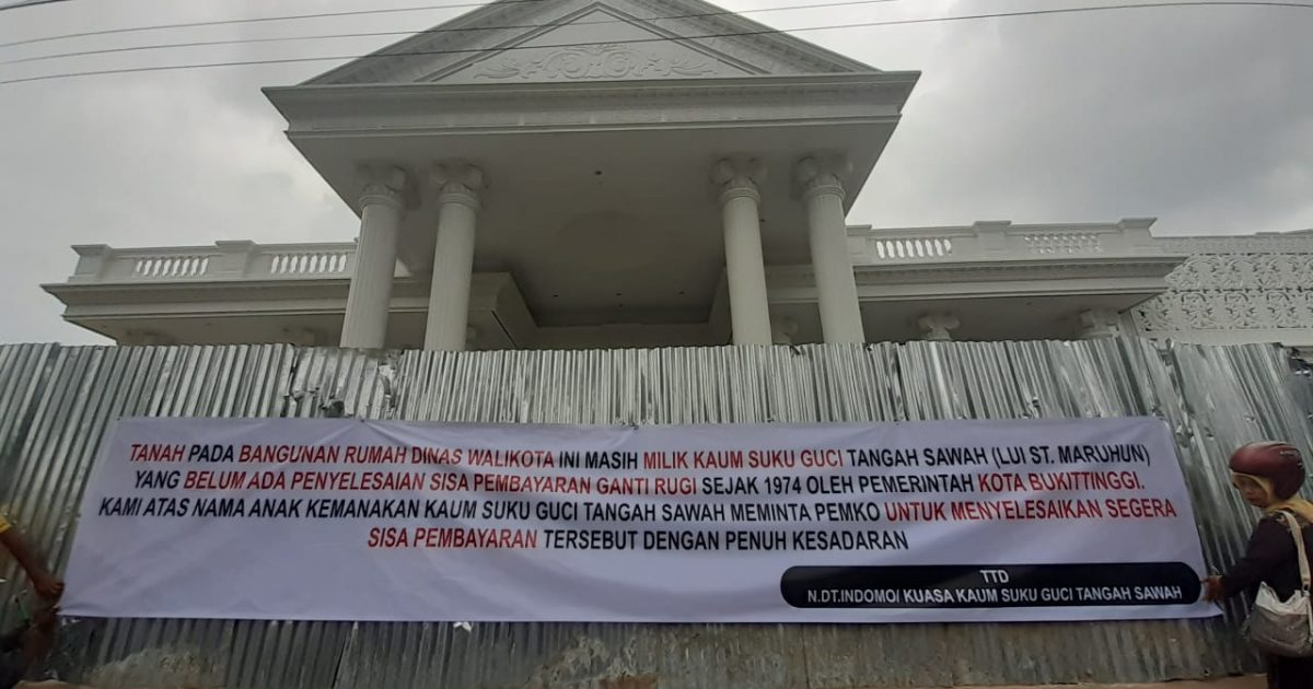Spanduk Kaum Guci Tangah Sawah - bakaba.co