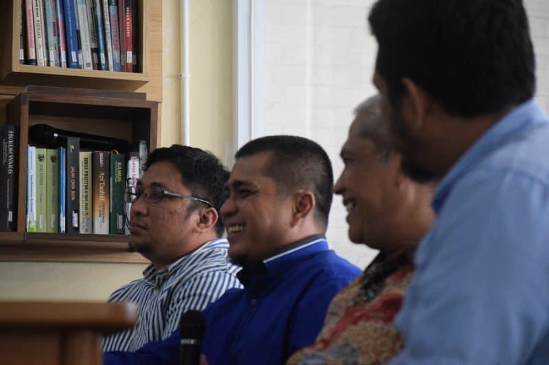 Diskusi di Kopi Seduh - bakaba.co