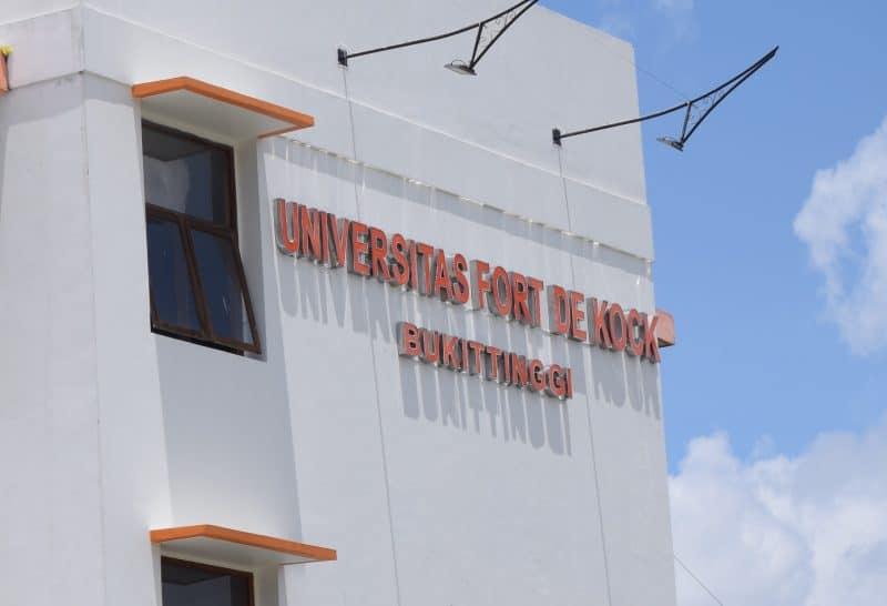Universitas Fort De Kock Bukittinggi