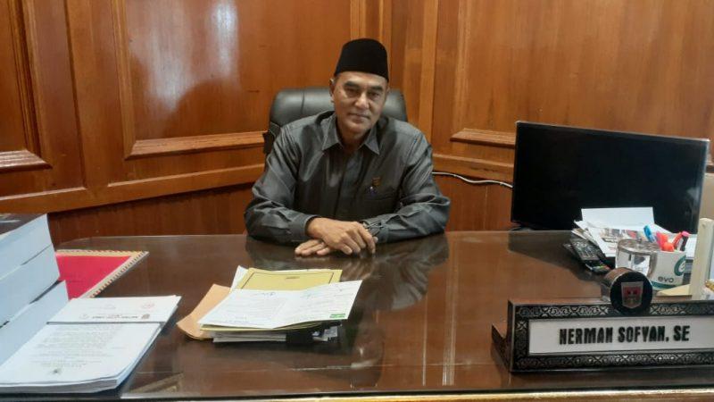 Herman Sofyan, Ketua DPRD Bukittinggi (foto: Fadhly Reza)