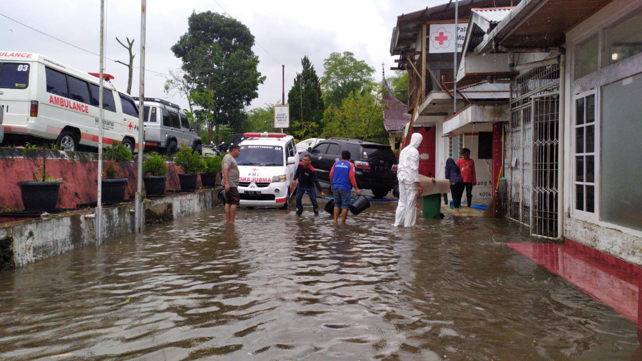 Banjir di kantor PMI Bukittinggi, foto - doc. PMI