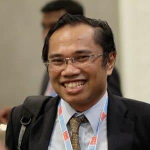 dr. Patrianef Darwis, Sp.B-(K)V