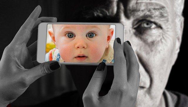 Realitas Media - Hyperreality - Gambar oleh Gerd Altmann dari Pixabay