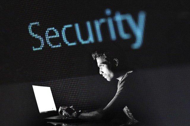 Teknologi informasi - kejahatan - Gambar oleh methodshop dari Pixabay