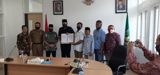 Pemko Padang Panjang Hibahkan Tanah untuk Kampus UMSB foto ist.
