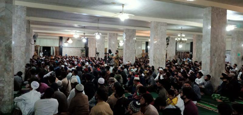 Tablig Akbar di Mesjid Agung, Bukitinggi bersama UA, foto ist.