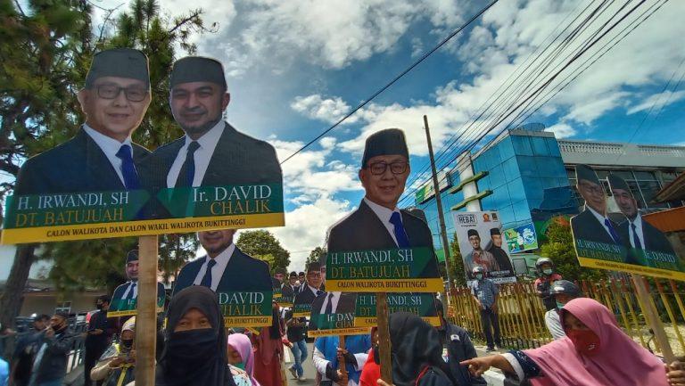 Irwandi – David Chalik Mendaftarkan Diri ke KPU
