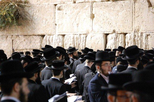 [7] Yahudi: Peran pada Penyaliban Yesus